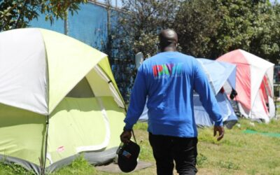 Opinion: Our homeless outreach teams begin by building trust. Here's how they do it.